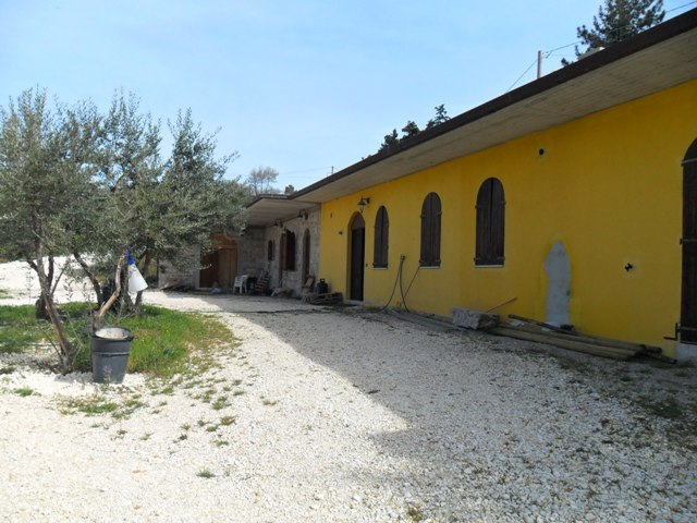 Property for sale in Casalanguida, Chieti Province