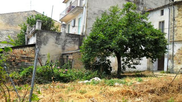 Property for sale in Poggiofiorito, Chieti Province