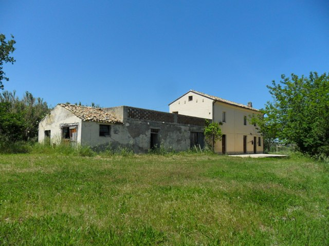 Property for sale in Scerni, Chieti Province